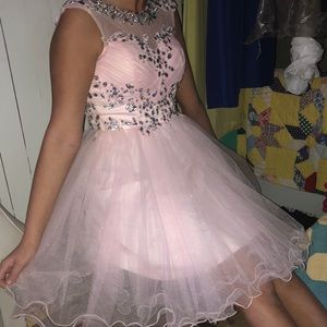 Dresses & Skirts - Baby pink homecoming dress